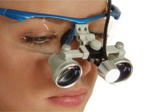 Zahnmedizin – Entwicklung von Stirnleuchten und praktische Erprobung im Praxisalltag